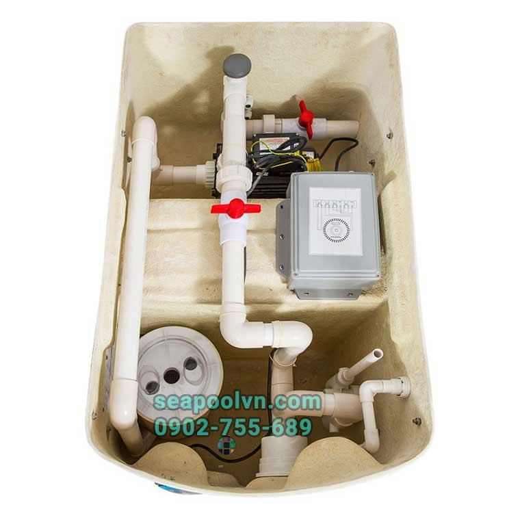 Cấu tạo hiện đại của thiết bị gồm máy bơm cột lọc và bình châm hóa chất