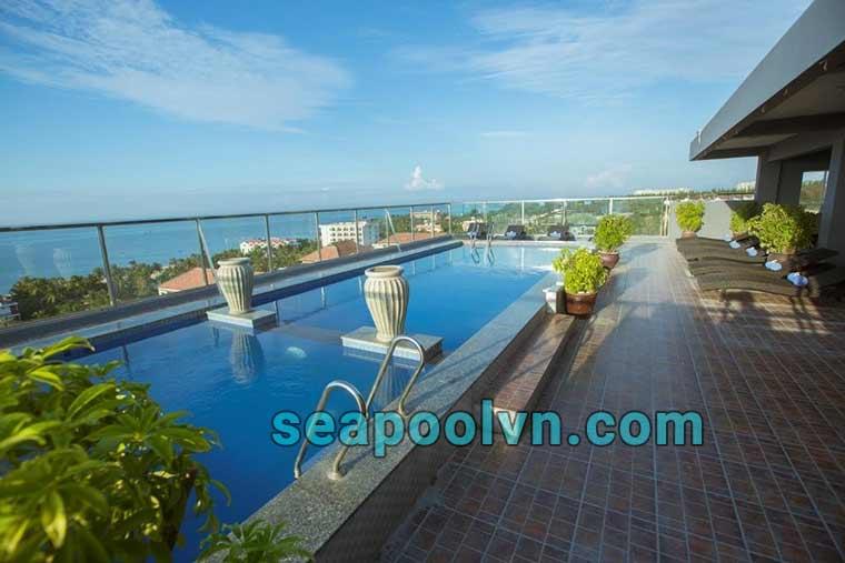Hồ bơi tại Nam Hải resort