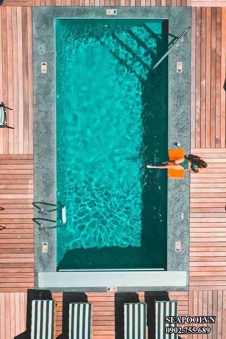 Ghế Nằm Hồ Bơi Tạo Cho Công Trình Xây Dựng Thêm đẹp