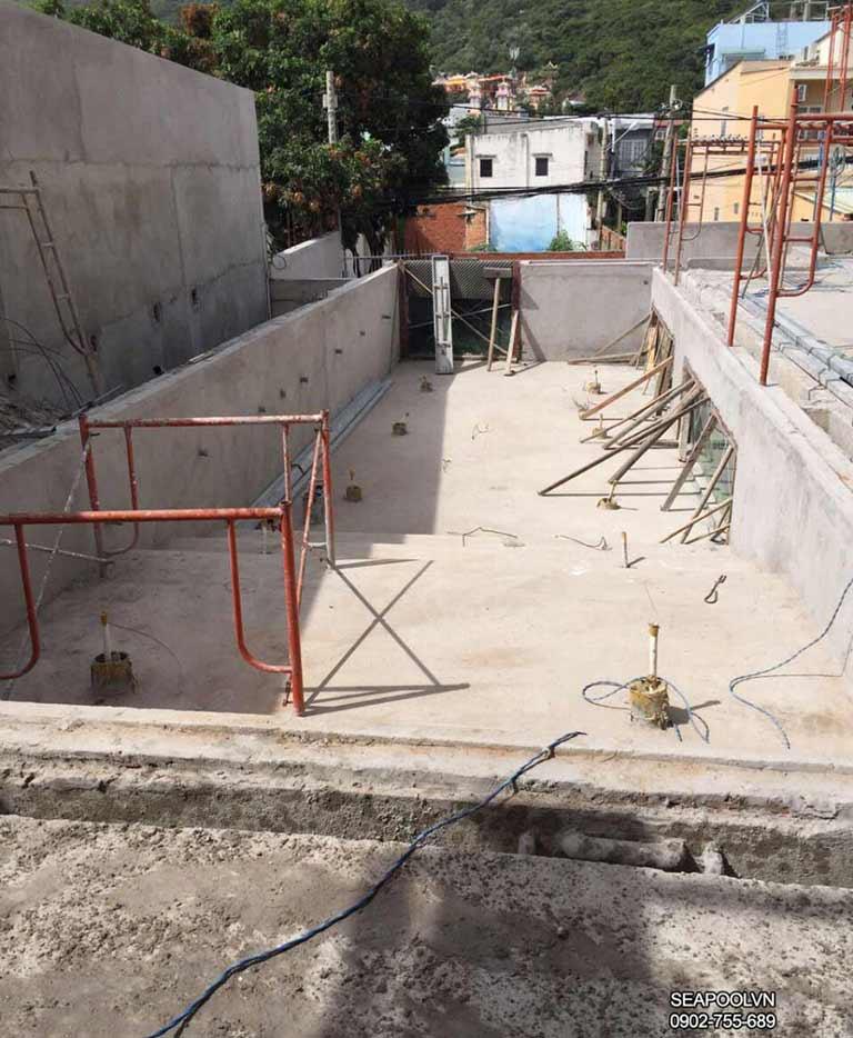Xây dựng hồ bơi tại khu Biệt thự Đồi sứ Vũng tàu